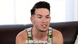 GayCastings Cute tattooed twink...