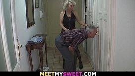 Old couple tricks blonde...