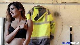 Jeune Modele Naive Pervertie Par Son Photographe Full Video Illico Porno