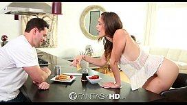 Jade Nile gets her pussy eaten for breakfast - FantasyHD