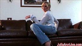 Sexy Milf Julia Ann...