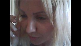 bestemmiando a pi&ugrave_ non posso con la mia amichetta porcella nicoletta embassi