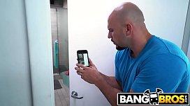 BANGBROS - Cum Watch Big...