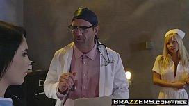 Brazzers - Doctor Adventures - Peta...