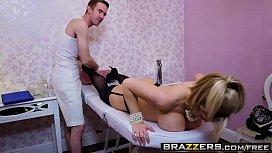 Dirty Masseur - Massaging Mrs...