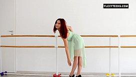Redhead Zlata doing standing...