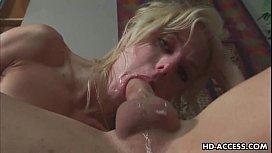 Blonde pornstar gets face...