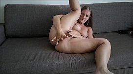 Sexy Jennifer Sucking Big...