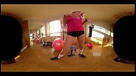 Fitness Babe Cecilia Scott...