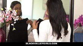 BlackValleyGirls- Hot Ebony Bffs...