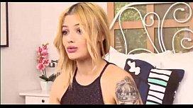 Sexy blonde webcam - hotfreelivecam...