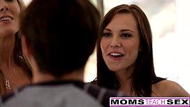 Hot Mom Brandi Love...