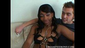 queen diva interracial scene