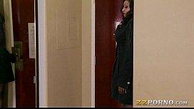 Ebony milf Diamond Jackson...