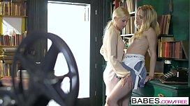 Babes - Alecia Fox, Kiara...