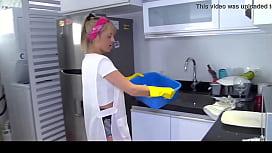 OPERACION LIMPIEZA - Colombian chick...