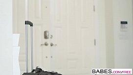 Babes - Staci Carr, Van...