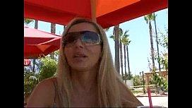 Blonde Milf Lisa DeMarco...