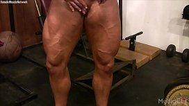 Female Bodybuilder Lisa Cross...
