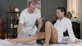 Massage Rooms Horny Milf...