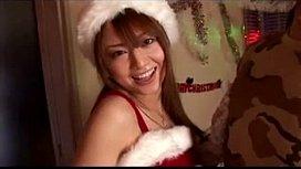 クリスマスにはサンタコスのギャルをデリバリーして3Pセックス