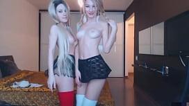 Two hot teen lesbians...