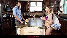 Karups - Kristen Scott Gets...