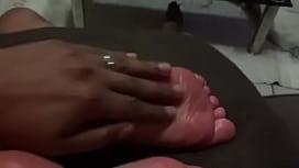 Miss Kay Feets Oily Foot Massage