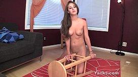 Sexy Yanks Babe Belle...