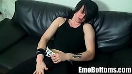 Emo twink Kevin Nash gets naked and  ...