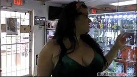Big Booty Plumper Angelina...