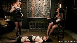 Anal foot fucking lesbian...