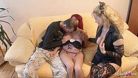 Deutsche Mutter hilft Teens...