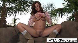 Taylor Vixen Gets A...