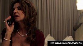 Horny Cougar Babe Deauxma...