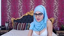 Cute arab girl show...