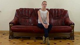 Natali Nemtchinova spread her...