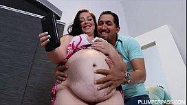 Pregnant BBW Vanessa London...