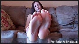My foot little feet...