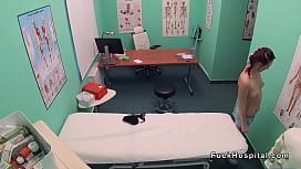 Skinny patient gets doctors...