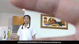 OPERACION LIMPIEZA - Colombian maid...