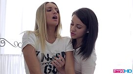 Sexy Teen Duo Massage...