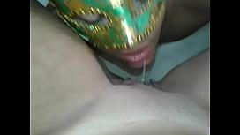 Raquel exibida mijando na boca do marido-www.raquelexibida.net