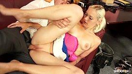 Fakeshooting Gorgeous Blonde Amateur Fucks cock during Casting linda blair nude