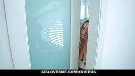 SisLovesMe - Horny Stepsis Rides...