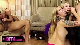 Mardi Gras Girls Love...