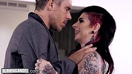 Joanna Angel wants Anal...