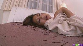 Satomi Suzuki Tight MILF...