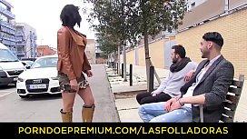 LAS FOLLADORAS - Huge boobed...
