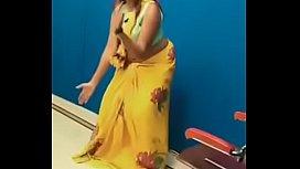 Swathi naidu sexy dance in saree